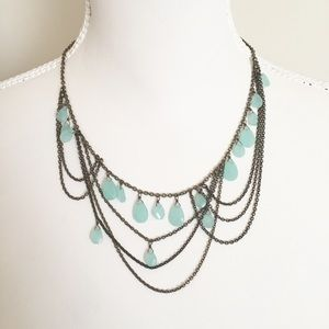 Ann Taylor scalloped chalcedony colored necklace